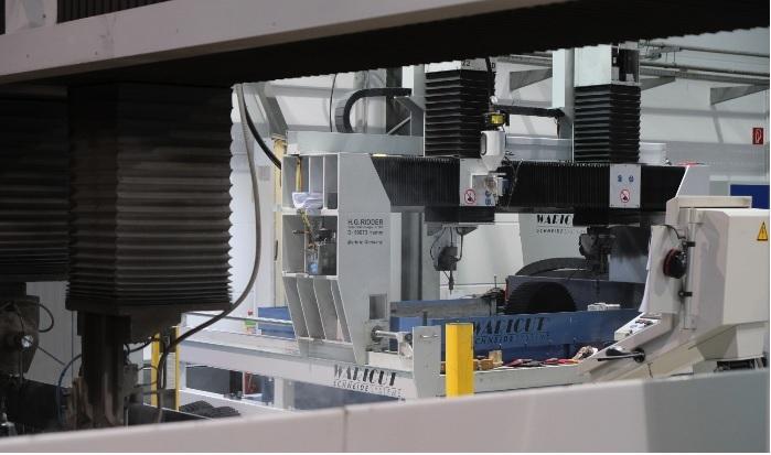 weiteres 3D-Wasserstrahlschneidzentrum in Betrieb genommen.